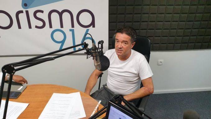 Ο Αποστόλης Βαγγελάκης στο studio του Prisma 91,6